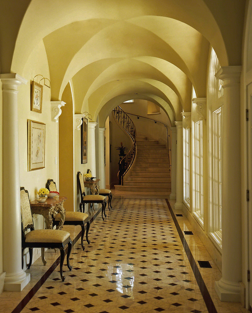Tuscan-Chadsworth-PolyStone-Columns-Kaki-Hockersmith-7pwm.jpg