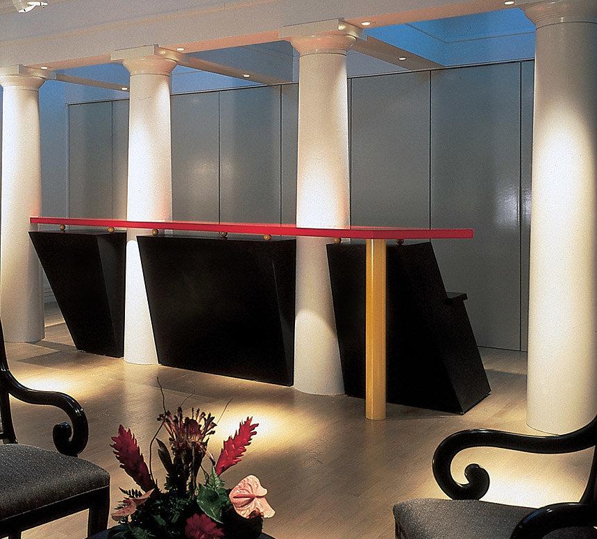 Four Doric Columns in Desk